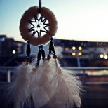 cropped-balcony-beautiful-catch-dream-dreamcatcher-favim-com-244759.jpg